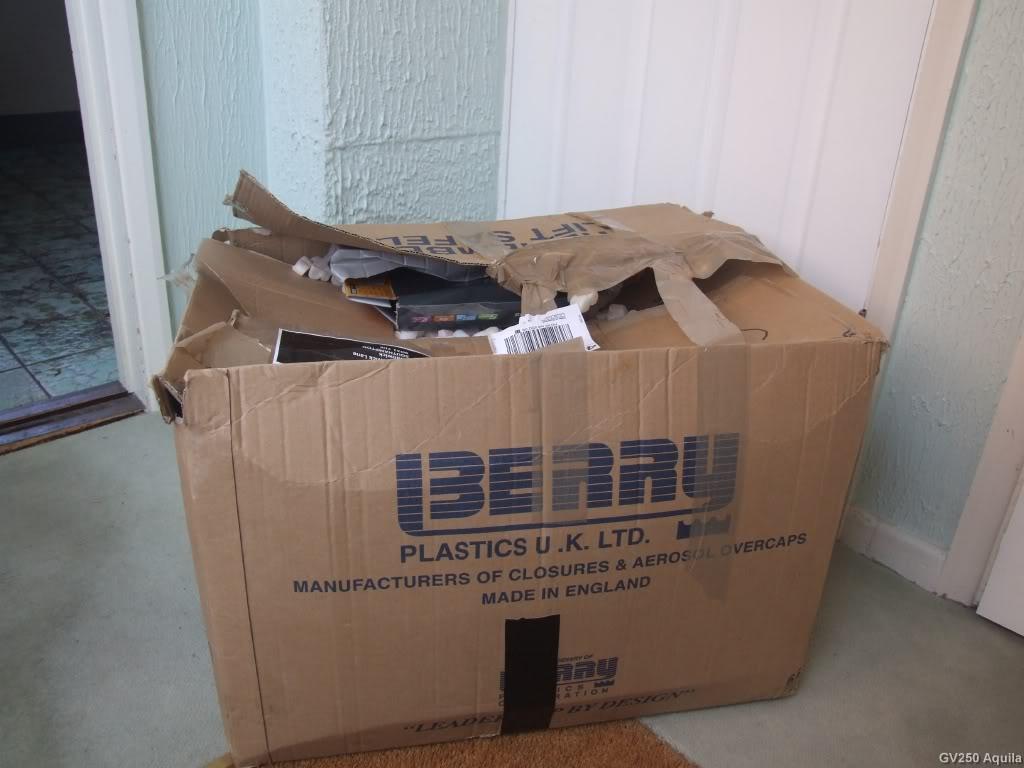 spedizione pacco cartone riutilizzato